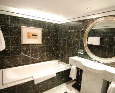 Featured image - Great Bathroom Remodelling Ideas from Hotel Bathrooms