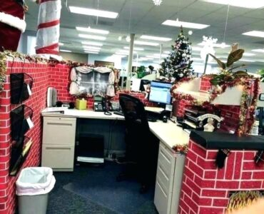 Featured image - How to Prepare Your Office for the Christmas Holidays