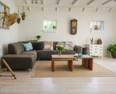 Featured image - 10 Pieces of Furniture That Will Make Your Living Room Unique and Engaging