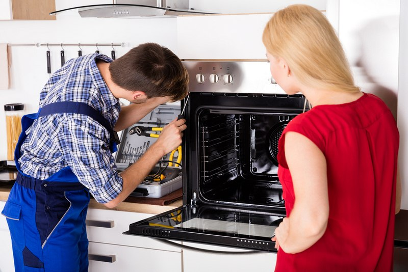 image - Cost of Electric Oven Repairs in 2020 - What You Need to Know