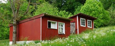Featured image - How to Build a Tiny House with No Experience
