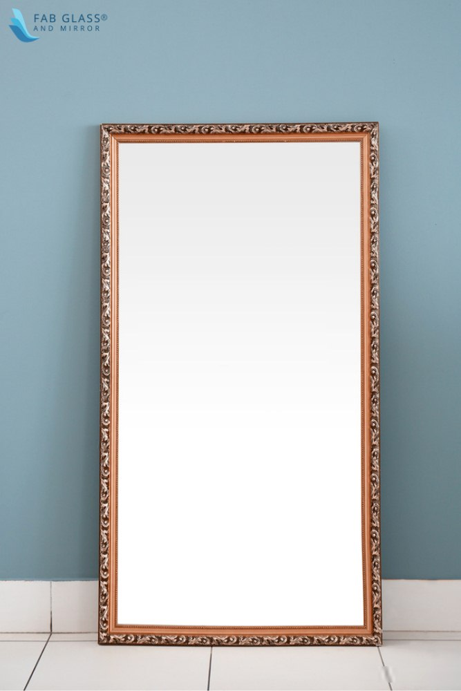 image - The Industry Expert Ideas to Use Antique Mirror in Classic Home Décor