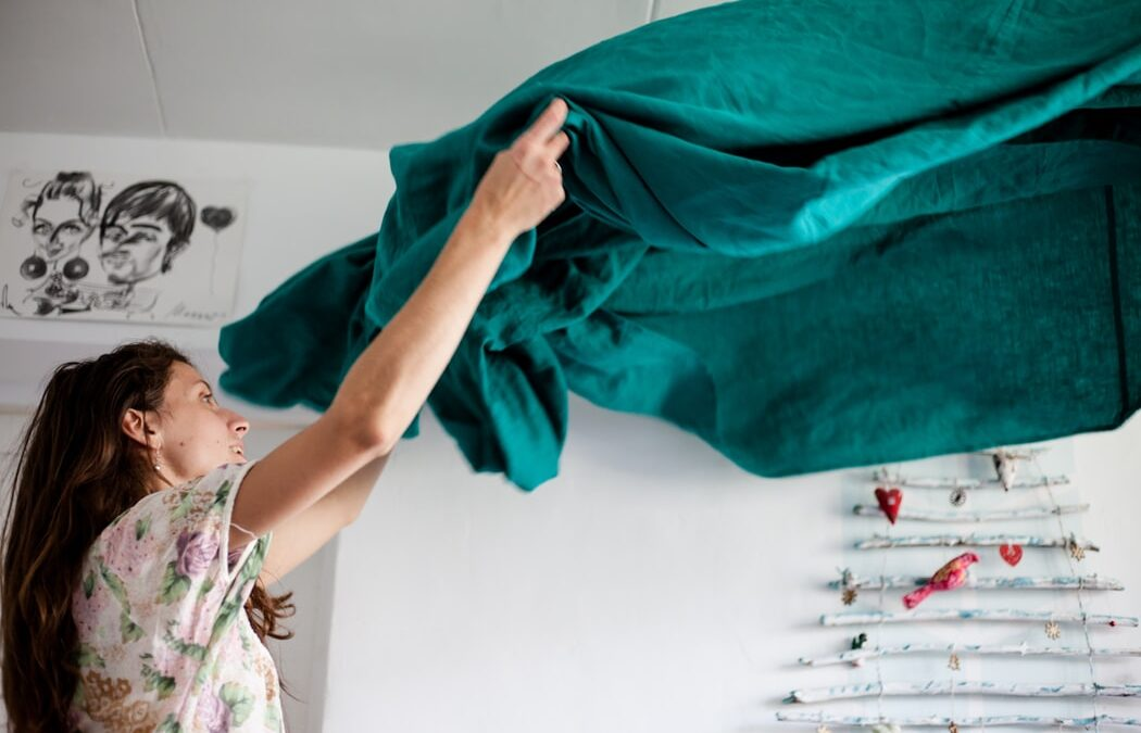 How Many Calories Do I Burn by Doing Household Chores? [Infographic]