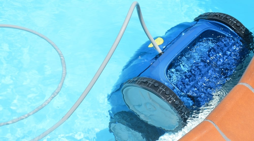 image - What to Look for in a Review When Shopping for a Vacuum to Clean Your Pool