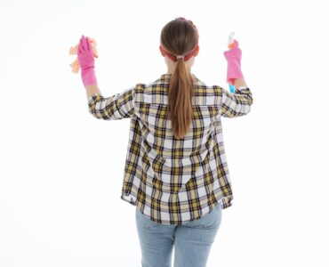 Featured image - Cleaning Chore List to Tidy up Your House Efficiently