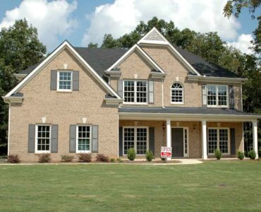 Featured image - The Do's and Don'ts of Buying a Pre-Owned Home