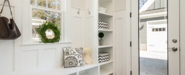 Featured image - 7 Things to Never Have in Your Entryway