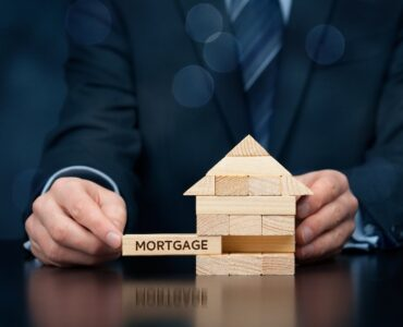 Featured image - Why You Should Consider Hiring a Mortgage Broker