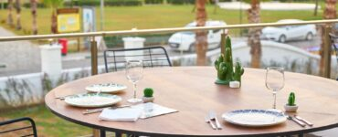 Featured image - Your Guide to Setting Up an Outdoor Dining Area