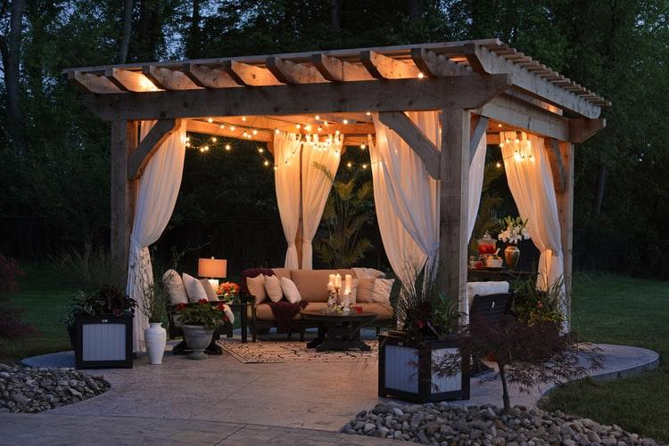 image - 5 Reasons to Buy Outdoor Festoon Lights to Set the Mood