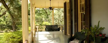 Featured image - 8 Awesome Porch Ceiling Ideas to Transform Your Porch