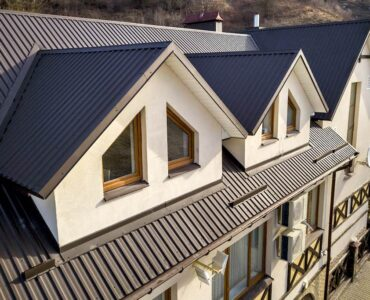Featured image - 4 Reasons Why Your Roof Design Should Match Your Interiors