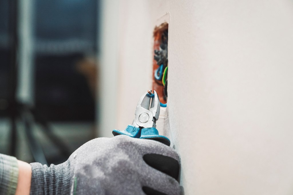 image - The Benefits of Hiring an Electrical Company