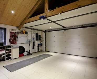 Featured image - Expert Garage Organization Hacks for Summer