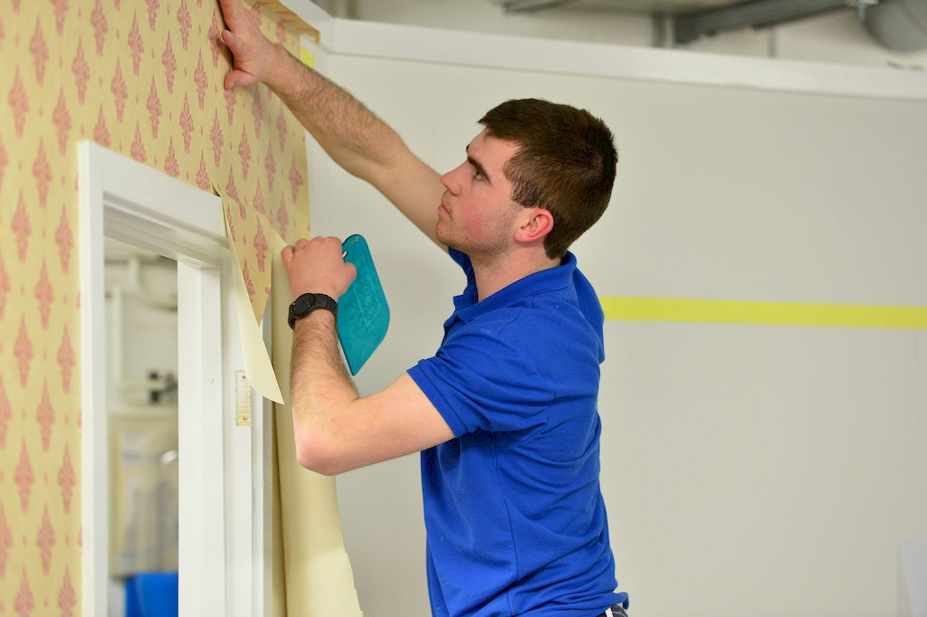 image - 8 Benefits of Working with a Professional Painting and Decorating Service