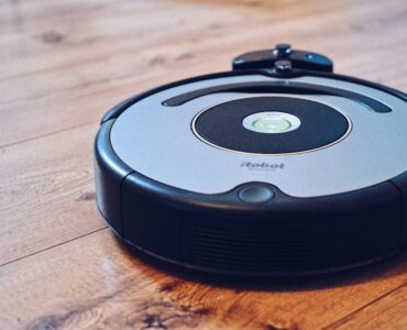 Featured image - 10 Tips for Using a Robot Vacuum to Keep Your Home Extra Clean