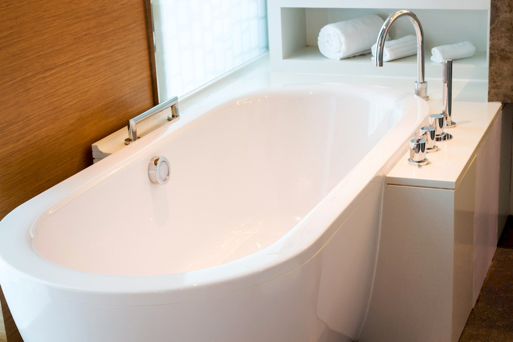 image - Tub Reglaze, Refinish, or Replacement - How to Find Your Best Option