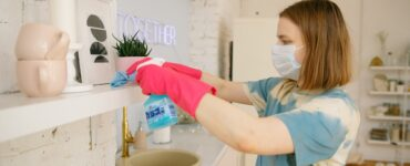 Featured image - 10 Clever Kitchen Cleaning Tips While on Lockdown