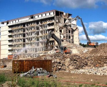 Featured image - Tips for Choosing the Right Demolition Team for Your Project