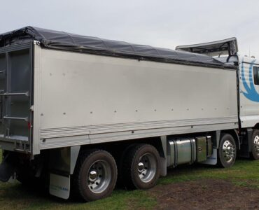 Featured image - Guide to Know When Selecting Truck Tarps