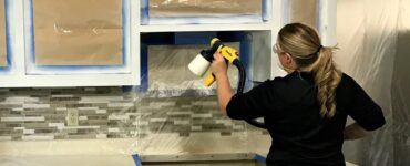 Featured image - 5 Techniques to Use When Spraying Kitchen Cabinets
