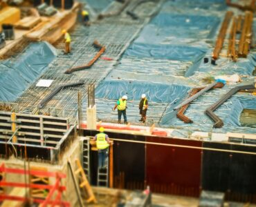 Featured image - Tips to Face Challenges at the Construction Site