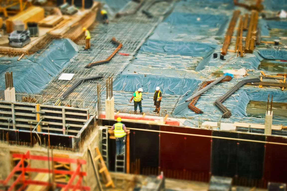 image - Tips to Face Challenges at the Construction Site