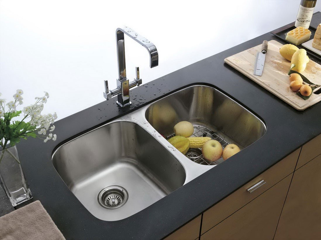 image - Cleaning Kitchen Sink Disposal