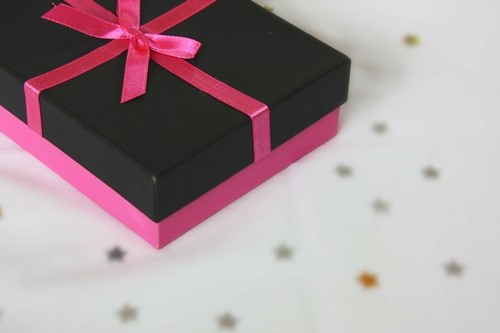 image - Do You Love Your Family? Send Them a Surprise Gift Today!