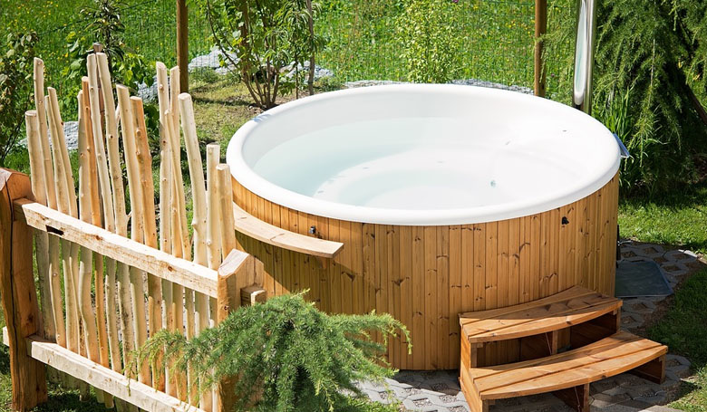 image - How to Maintain a Hot Tub