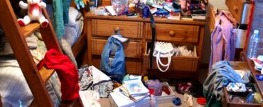 Featured image - How to Get Rid of Stuff: 5 Tips When Getting Rid of the Clutter in Your Home