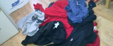 Featured image - 6 Tips to Help You Avoid Laundry Pile-Up