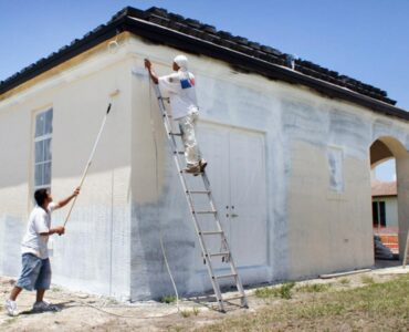 Featured image - How to Paint an Exterior Wall to get a Smooth Result