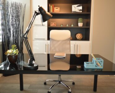 Featured image - Setting Up an Office: 9 Pro Tips for How to Set Up an Office