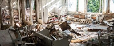 Featured image - Why Real Estate Agents Need Junk Removal