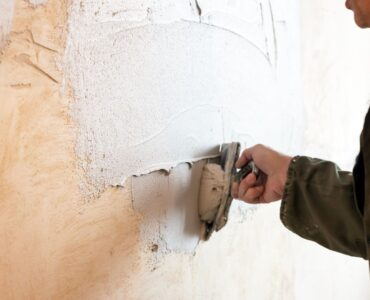 Featured image - Drylining vs. Wet Plastering – Which is Right for You