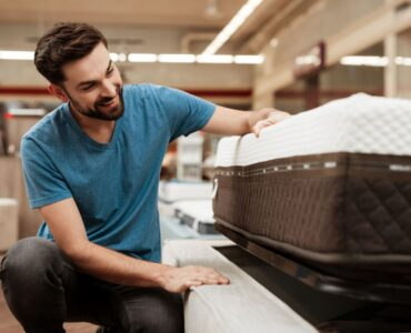 Featured image - 4 Tips to Buy a Mattress
