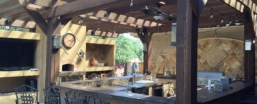 Featured image - 5 Awesome Benefits of an Outdoor Kitchen