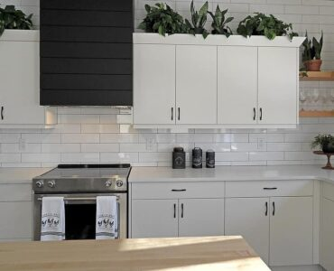 Featured image - How to Choose the Best Contractors for Cabinet Refacing St. Louis