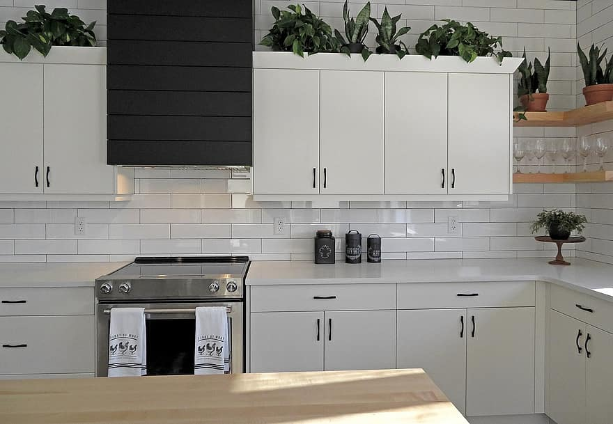 image - How to Choose the Best Contractors for Cabinet Refacing St. Louis?