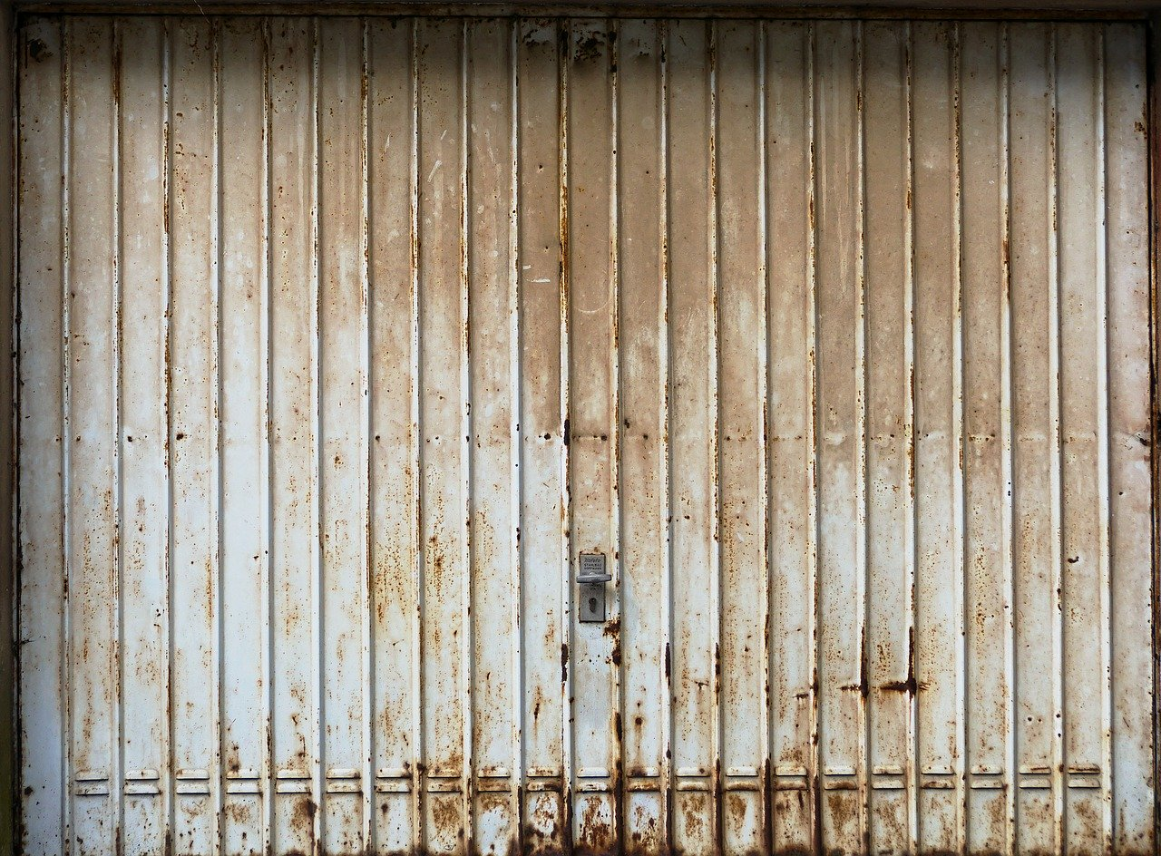 image - How to Get Rid of an Old Garage Door