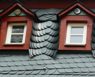 Featured image - Signs You're Falling for a Roofing Scam