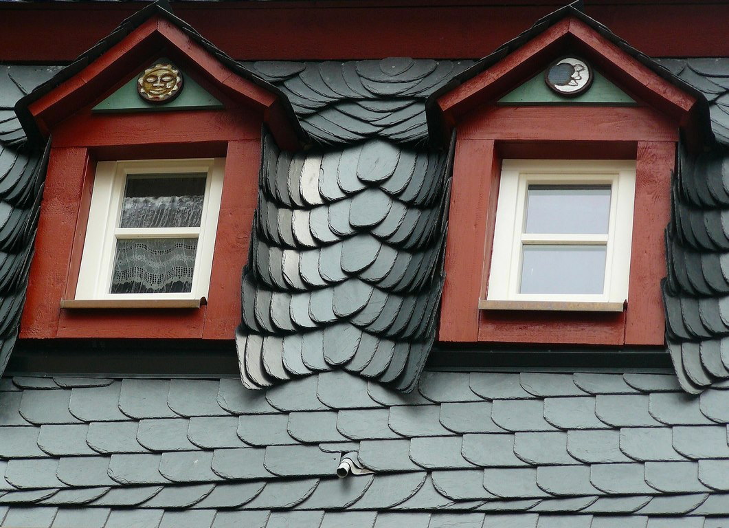 image - Signs You're Falling for a Roofing Scam