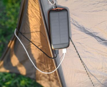 Featured image - Top 5 Benefits of Solar Powered Power Banks