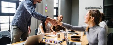 Featured image - Top 8 Reasons to Work in a Collaborative Workspace