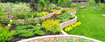 Featured image - 7 Expert Tips for DIY Landscaping Projects That Will Make an Impact