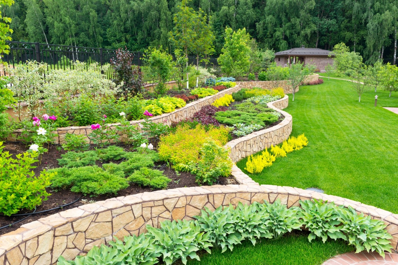 image - 7 Expert Tips for DIY Landscaping Projects That Will Make an Impact
