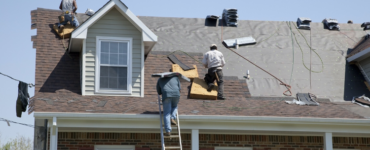 Featured image - 7 Reasons to Hire a Roofing Contractor for Your Home