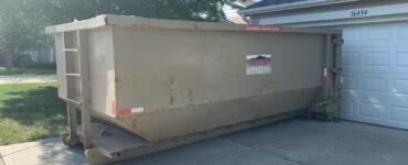 Featured image - How to Choose the Right Commercial Dumpster