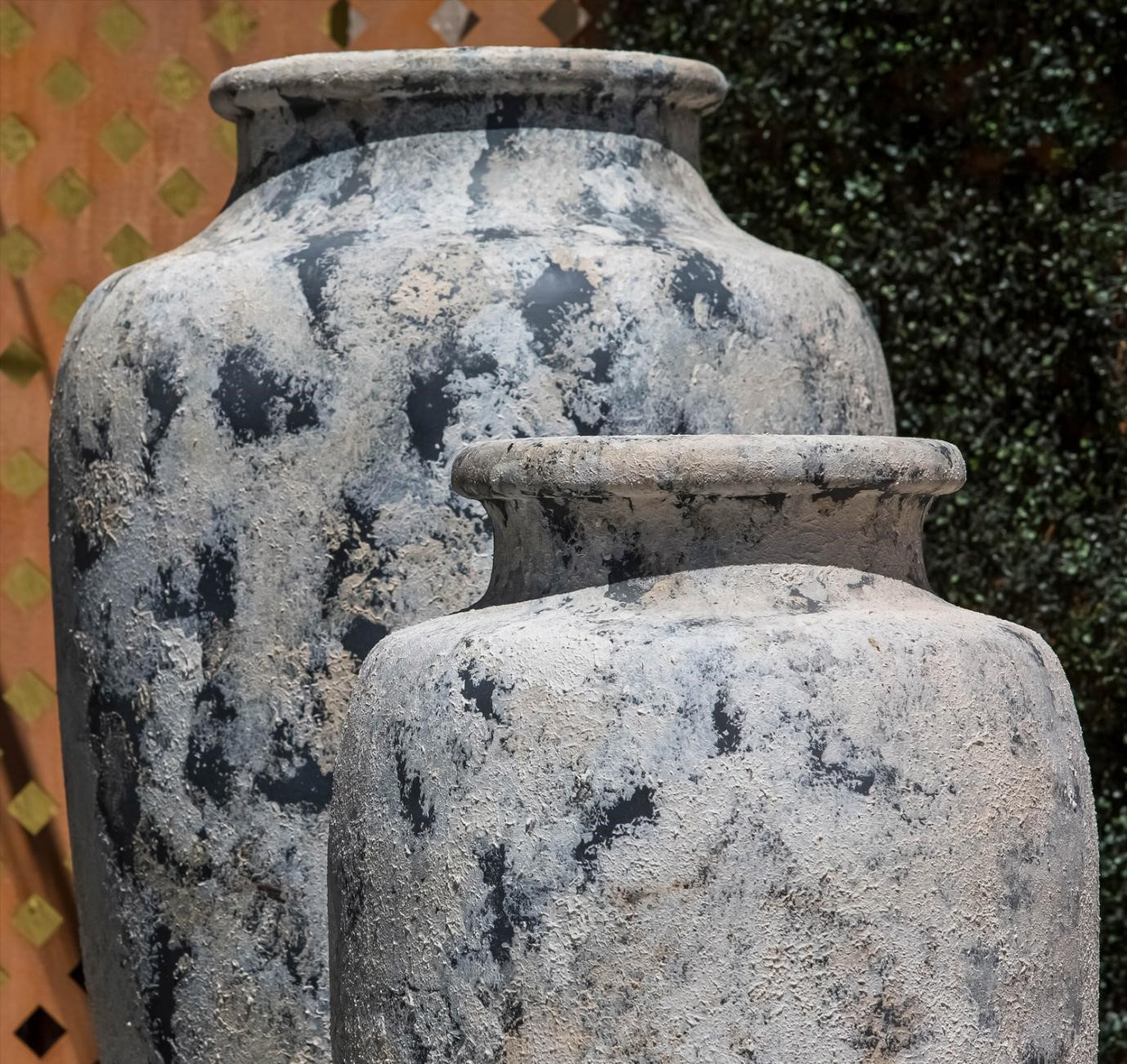 image - How to Find Large Garden Pots to BeautifyYour Home's Outdoor Area